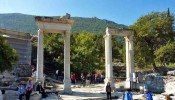 Temple of Hadrian at Ephesus (1/15)