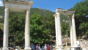 Temple of Hadrian at Ephesus (5/15)