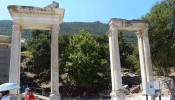 Temple of Hadrian at Ephesus (13/15)