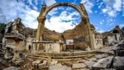 Pollio Fountain at Ephesus (2/11)